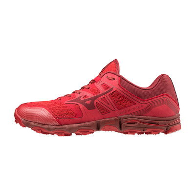MIZUNO - WAVE HAYATE 6 - Chaussures trail Homme red/biking red